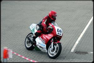 VIP Racing nummer 64-min (1)